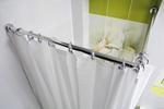 Pod prysznicem. Zasłony prysznicowe, drążki rozporowe, półki narożne