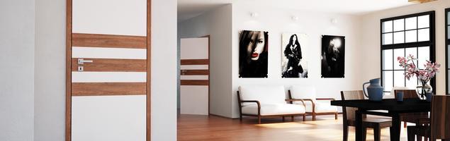 Połączone panele podłogowe i drzwi wewnętrzne. Aranżacje salonu nowoczesnego