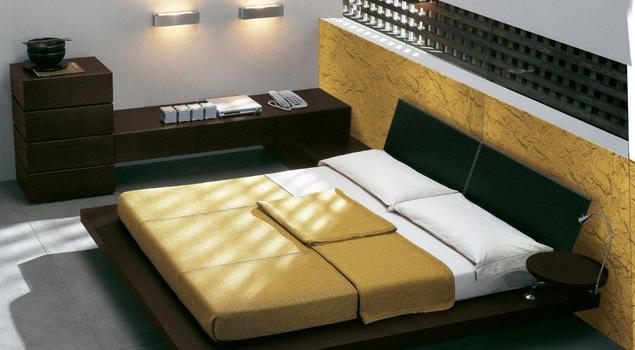 Kolory sypialni. Brązowy, szary, złoty w sypialni
