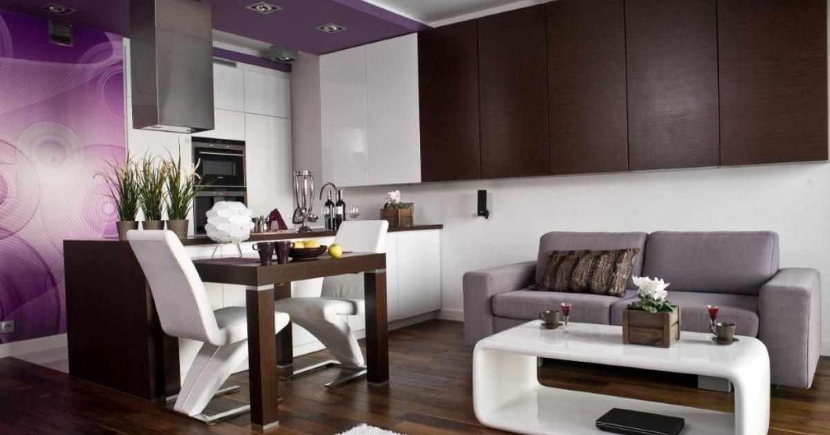 Aranżacja kuchni otwartej na salon Białe meble kuchenne -> Salon Kuchni Rumia